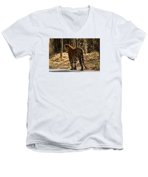 Men's V-Neck T-Shirt featuring the photograph Focused by Ramabhadran Thirupattur