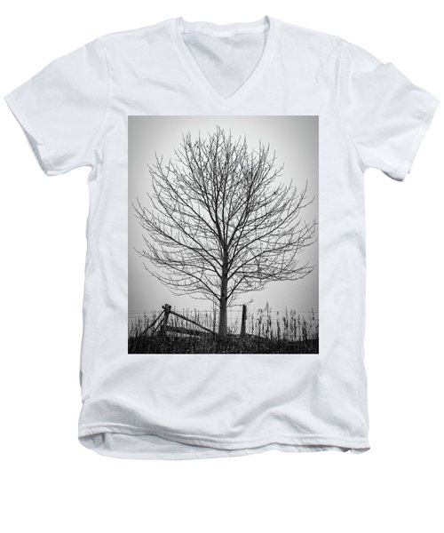 Foggy Lone Tree Hill Fine Art Men's V-Neck T-Shirt