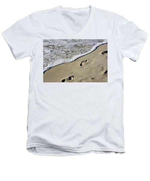 Footprints On The Beach Men's V-Neck T-Shirt