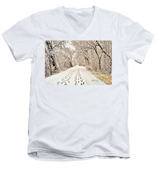 Footprints  Men's V-Neck T-Shirt