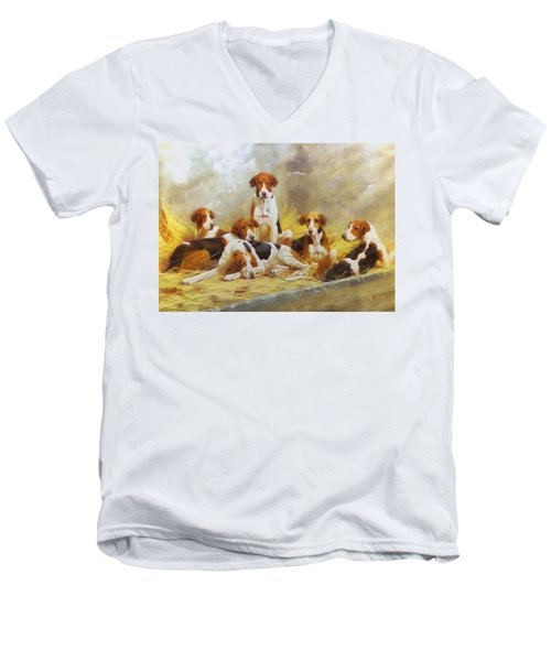 Fox Hounds Men's V-Neck T-Shirt