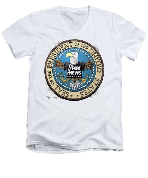 Fox News Presidential Seal Men's V-Neck T-Shirt