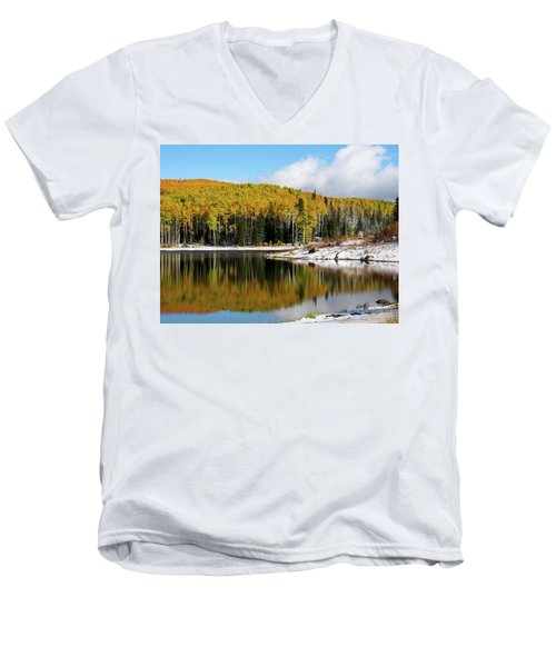 Freeman Lake In Northwest Colorado In The Fall Men's V-Neck T-Shirt