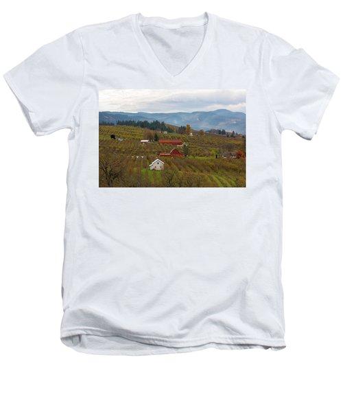 Fruit Orchard Farmland In Hood River Oregon Men's V-Neck T-Shirt