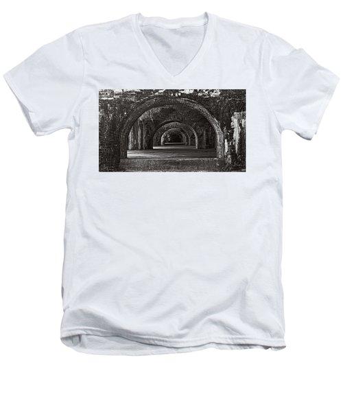 Ft. Pickens Arches Bw Men's V-Neck T-Shirt