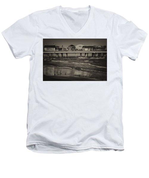 Galveston Pleasure Pier - Black And White Men's V-Neck T-Shirt