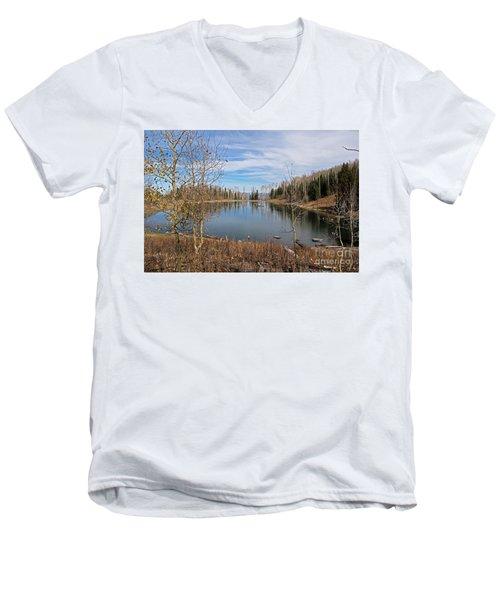 Gates Lake Men's V-Neck T-Shirt