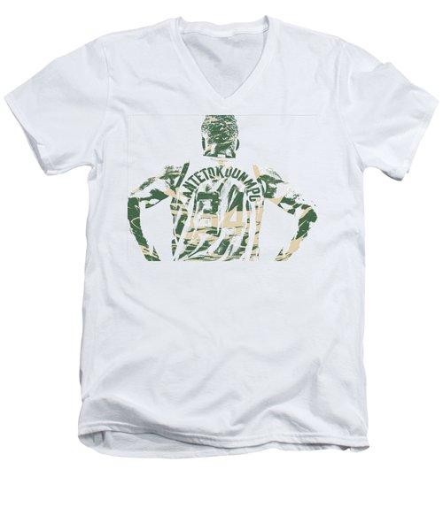 Giannis Antetokounmpo Milwaukee Bucks Pixel Art 22 Men's V-Neck T-Shirt