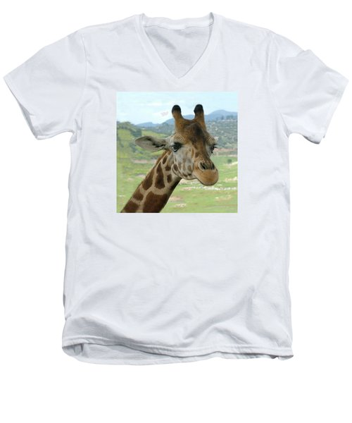 Giraffe Portrait Men's V-Neck T-Shirt