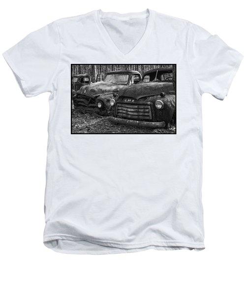 Gmc Truck Men's V-Neck T-Shirt