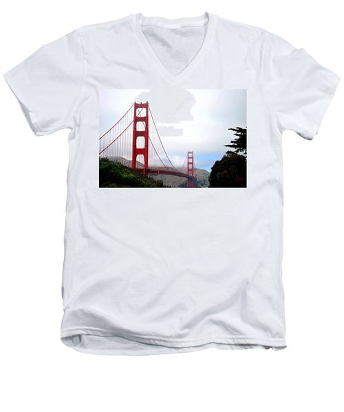 Golden Gate Bridge Full View Men's V-Neck T-Shirt