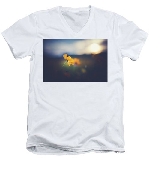 Men's V-Neck T-Shirt featuring the photograph Goodnight Sun by Shane Holsclaw