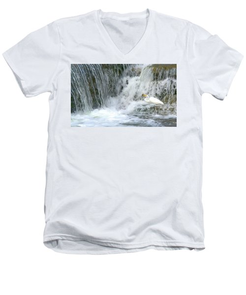 Great Egret Hunting At Waterfall - Digitalart Painting 3 Men's V-Neck T-Shirt