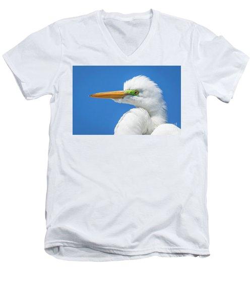 Great Egret Profile Men's V-Neck T-Shirt by John Roberts