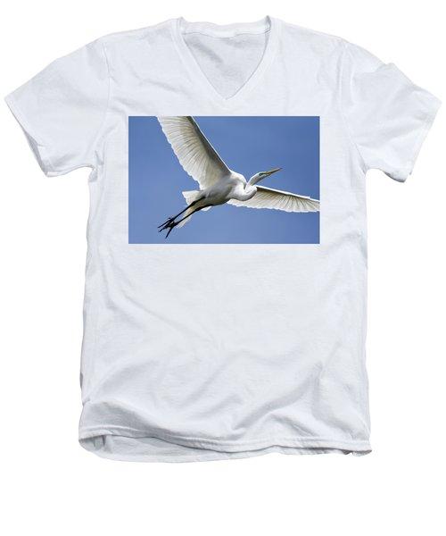 Great Egret Soaring Men's V-Neck T-Shirt by Gary Wightman