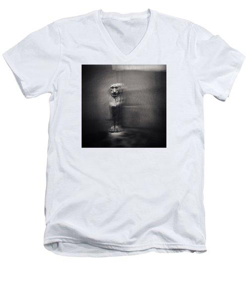 Griffin Men's V-Neck T-Shirt