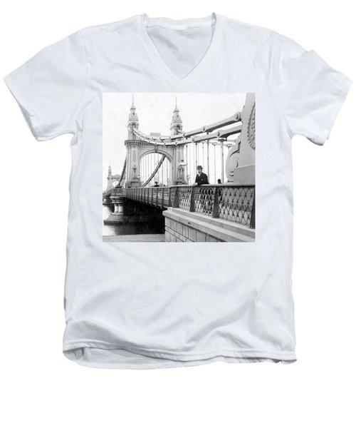 Hammersmith Bridge In London - England - C 1896 Men's V-Neck T-Shirt