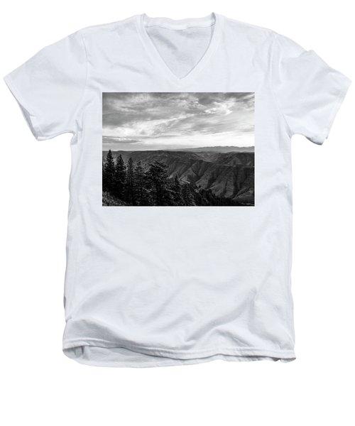 Hells Canyon Drama Men's V-Neck T-Shirt