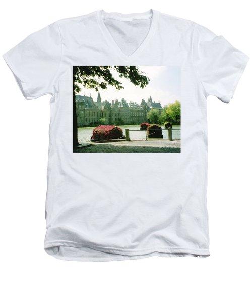 Her Majesty's Garden Men's V-Neck T-Shirt