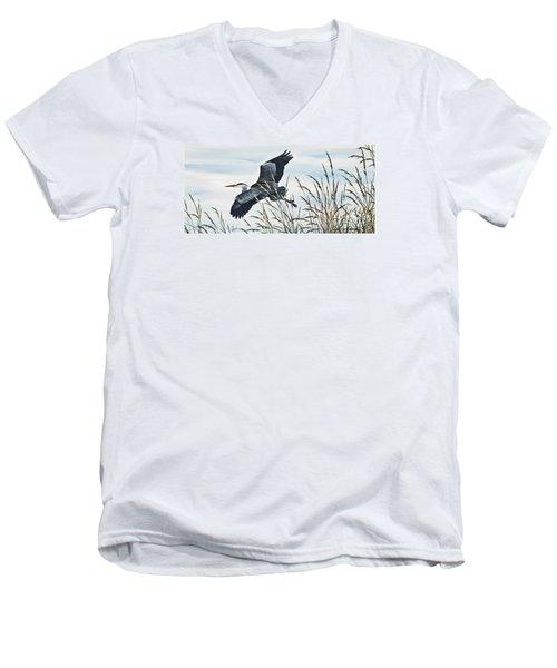 Herons Flight Men's V-Neck T-Shirt