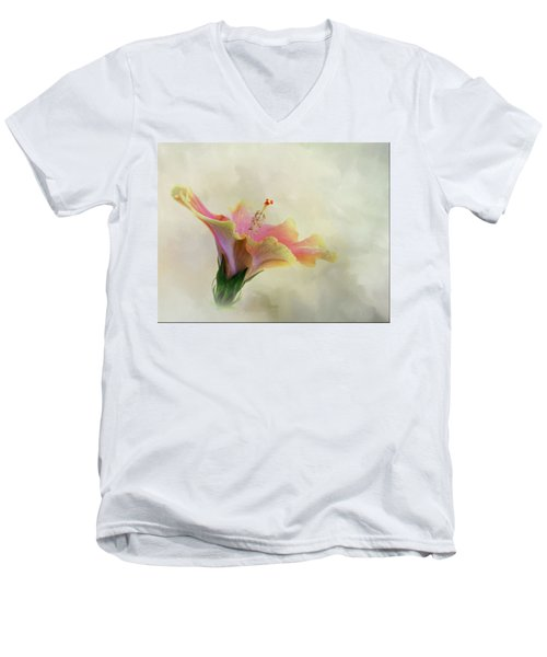 Hibiscus Art Men's V-Neck T-Shirt