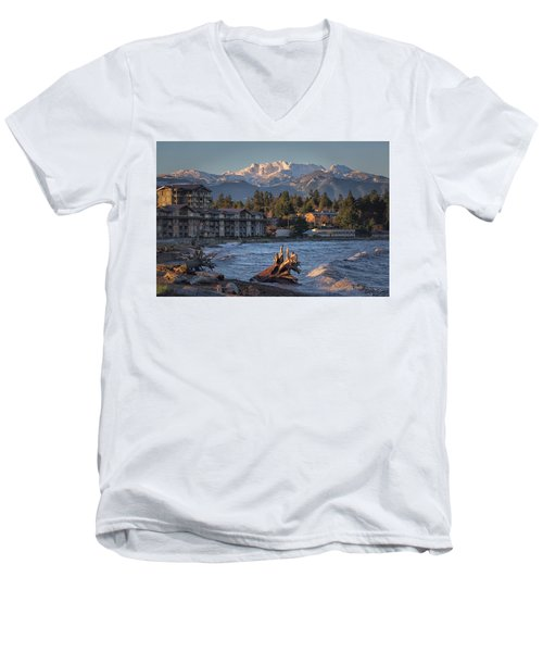 High Tide In The Bay Men's V-Neck T-Shirt
