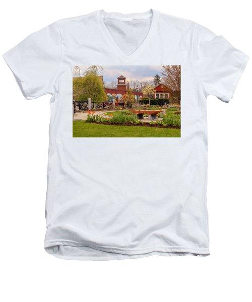 Historic Rail Station, Manhan Rail Trail Easthampton Men's V-Neck T-Shirt