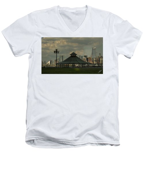 Hoboken, Nj -pier A Park Gazebo Men's V-Neck T-Shirt