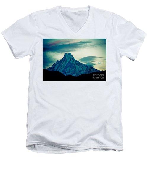 Holy Mount Fish Tail Machhapuchare 6998m Men's V-Neck T-Shirt