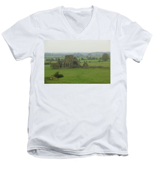 Hore Abbey Men's V-Neck T-Shirt