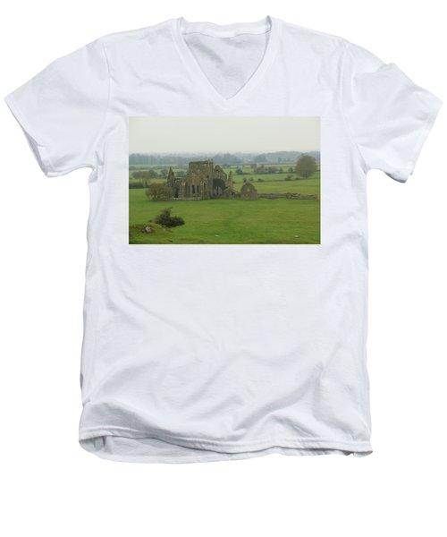 Hore Abbey Men's V-Neck T-Shirt