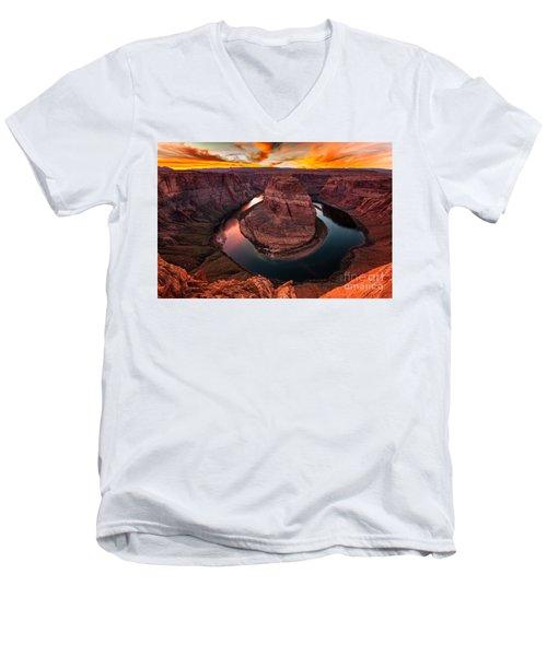 Horseshoe Bend, Colorado River, Page, Arizona  Men's V-Neck T-Shirt