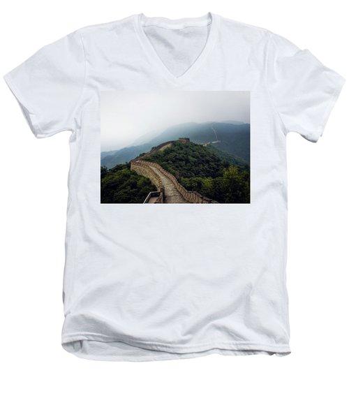 Huairou Men's V-Neck T-Shirt