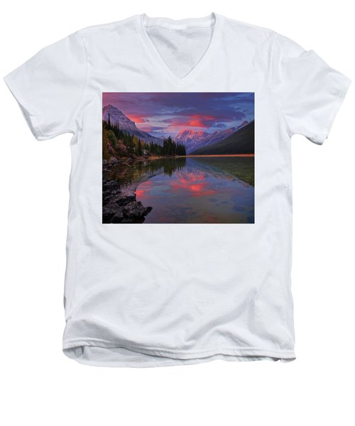 Icefields Parkway Autumn Morning Men's V-Neck T-Shirt