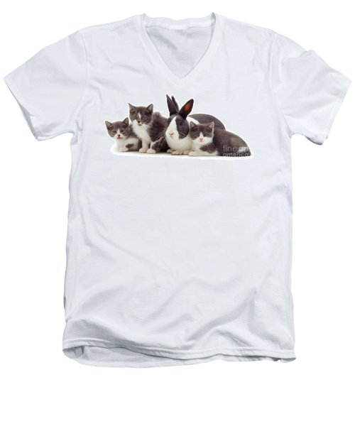 I'm Bun Of The Family Men's V-Neck T-Shirt