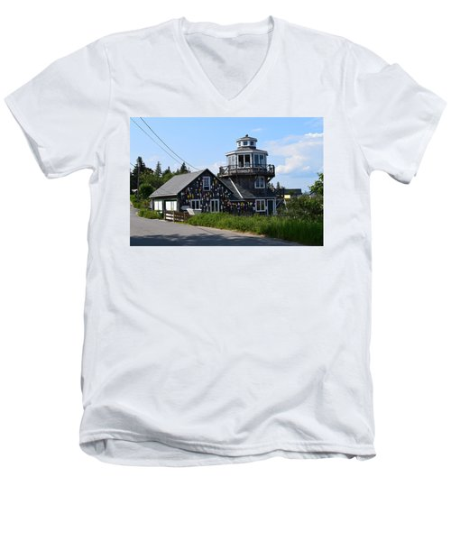 Images Of Maine 4 Men's V-Neck T-Shirt