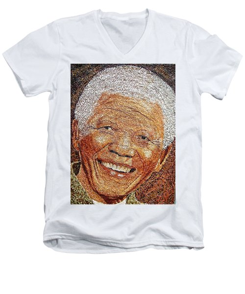 Nelson Mandela - In The Pyramid Of Our Minds Men's V-Neck T-Shirt