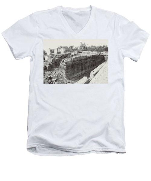 Into The Ruins 5 Men's V-Neck T-Shirt