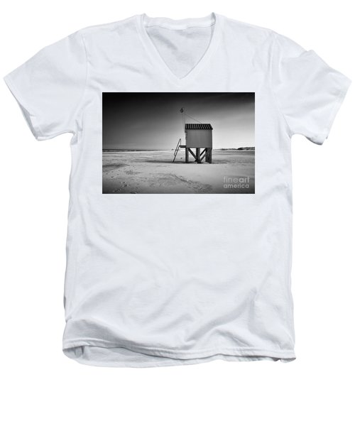 Island Cabin Men's V-Neck T-Shirt