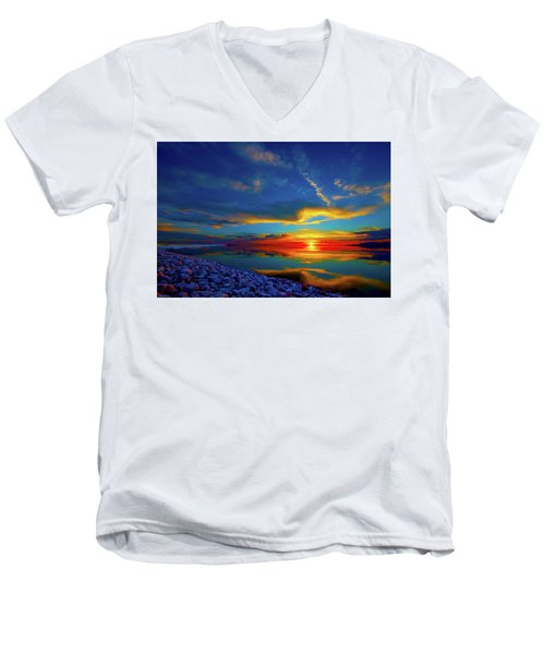 Island Sunset Men's V-Neck T-Shirt