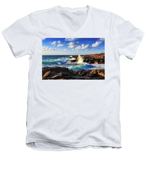Kauai Surf Men's V-Neck T-Shirt