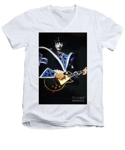 Kiss Ace Men's V-Neck T-Shirt