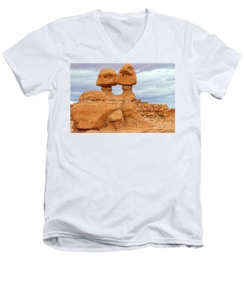Kissing Rock Men's V-Neck T-Shirt