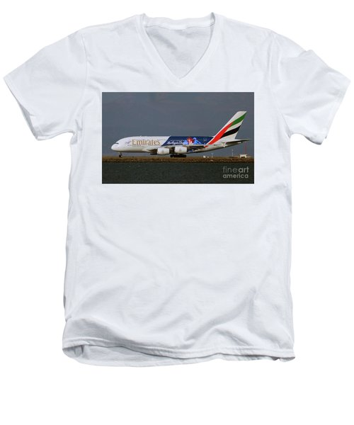 La Dodgers A380 Ready For Take-off At Sfo Men's V-Neck T-Shirt
