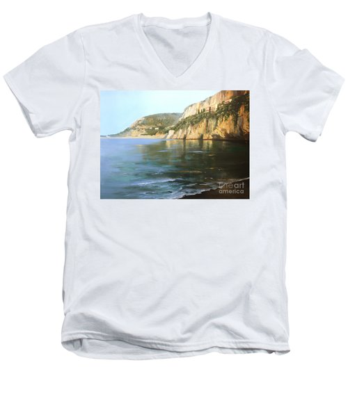 La Mala Men's V-Neck T-Shirt