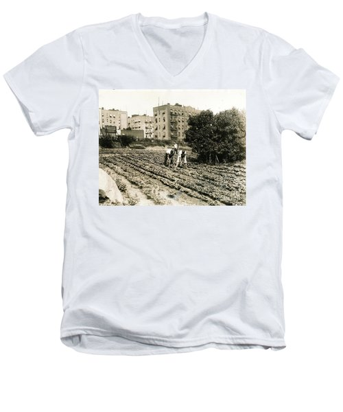 Men's V-Neck T-Shirt featuring the photograph Last Working Farm In Manhattan by Cole Thompson