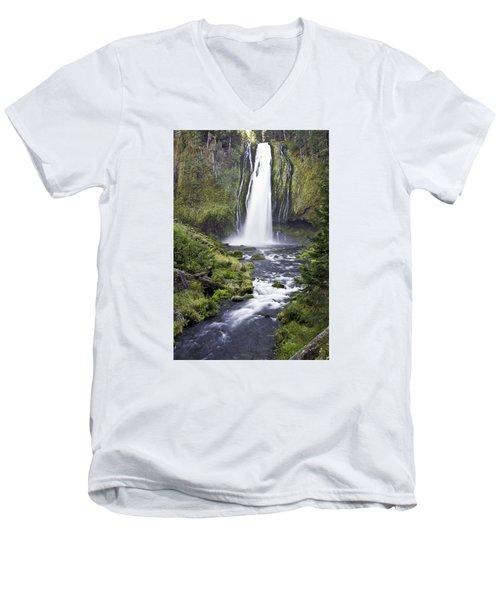 Lemolo Falls Men's V-Neck T-Shirt
