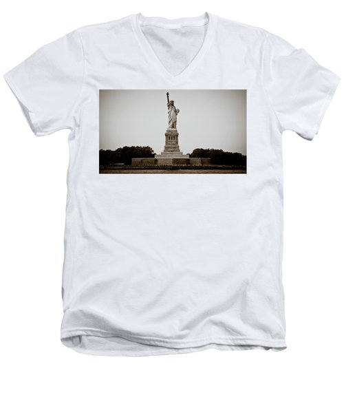 Men's V-Neck T-Shirt featuring the photograph Liftin' Me Higher by David Sutton