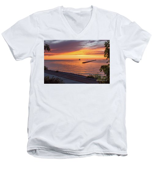Lighthouse Sunset Men's V-Neck T-Shirt