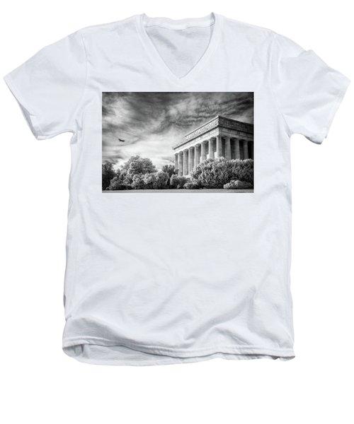 Lincoln Memorial Men's V-Neck T-Shirt by Paul Seymour